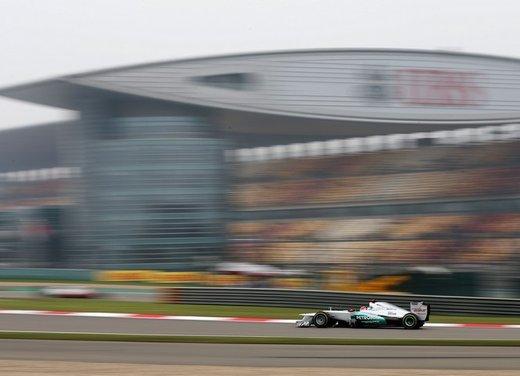 F1 GP Cina 2012: Schumacher primo nella seconda sessione di prove libere - Foto 22 di 32