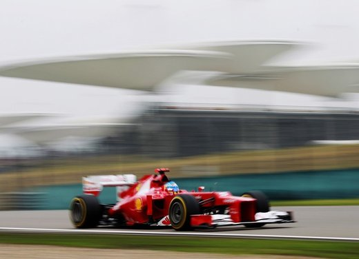 Alonso e Massa commentano le prove libere del GP di Cina - Foto 27 di 32