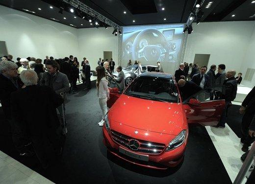 Mercedes Classe A debutta in Italia al Fuorisalone di Milano - Foto 5 di 32