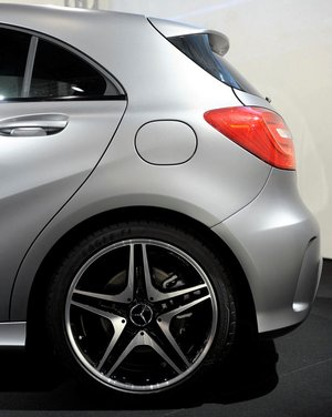 Mercedes Classe A debutta in Italia al Fuorisalone di Milano - Foto 8 di 32