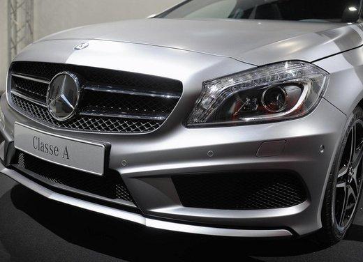 Mercedes Classe A debutta in Italia al Fuorisalone di Milano - Foto 9 di 32