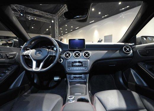 Mercedes Classe A debutta in Italia al Fuorisalone di Milano - Foto 12 di 32