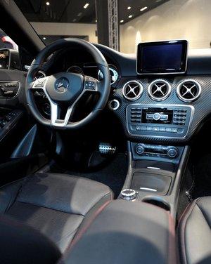 Mercedes Classe A debutta in Italia al Fuorisalone di Milano - Foto 13 di 32