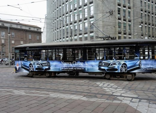 Mercedes Classe A debutta in Italia al Fuorisalone di Milano - Foto 16 di 32