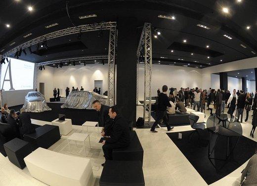 Mercedes Classe A debutta in Italia al Fuorisalone di Milano - Foto 25 di 32