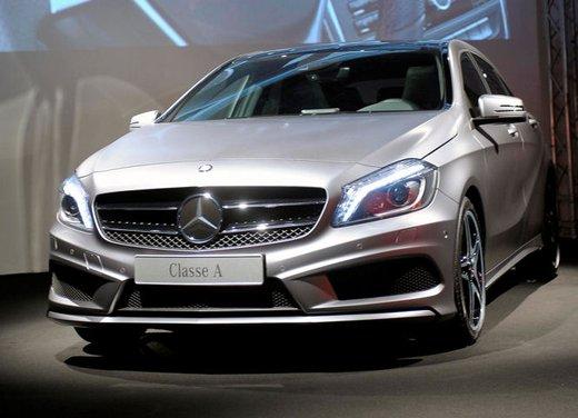 Mercedes Classe A debutta in Italia al Fuorisalone di Milano - Foto 2 di 32