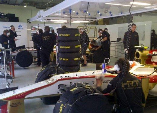 F1 GP Cina 2012: Schumacher primo nella seconda sessione di prove libere - Foto 31 di 32