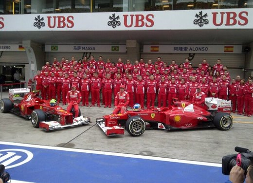 Alonso e Massa commentano le prove libere del GP di Cina - Foto 2 di 32
