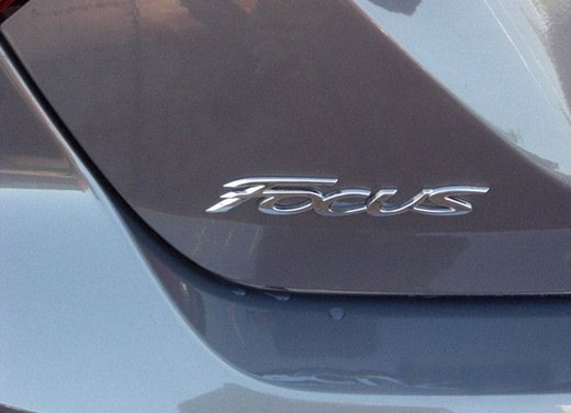 Ford Focus dispositivi di sicurezza - Foto 6 di 10