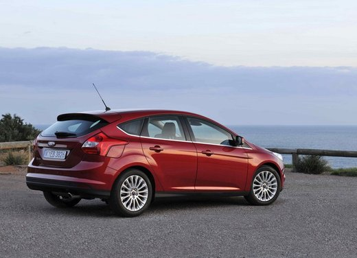 Ford Focus dispositivi di sicurezza - Foto 2 di 10