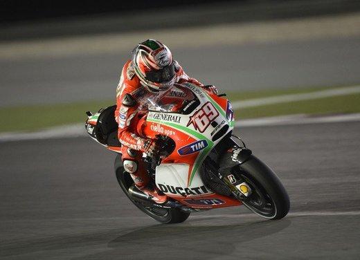 Valentino Rossi fa la danza della pioggia a Jerez per il GP di Spagna di MotoGP - Foto 4 di 12
