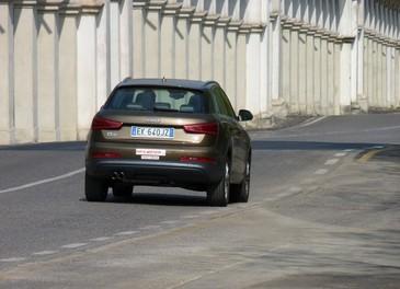 Audi Q3 provata su strada la versione 2.0 TDI da 177 CV - Foto 18 di 48