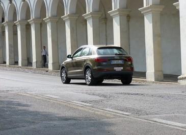 Audi Q3 provata su strada la versione 2.0 TDI da 177 CV - Foto 20 di 48