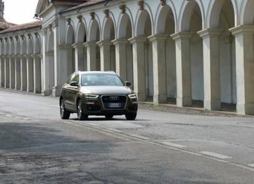 Audi Q3 provata su strada la versione 2.0 TDI da 177 CV - Foto 21 di 48