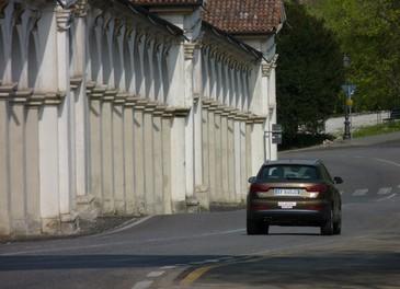 Audi Q3 provata su strada la versione 2.0 TDI da 177 CV - Foto 24 di 48