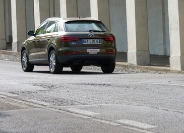 Audi Q3 provata su strada la versione 2.0 TDI da 177 CV - Foto 27 di 48