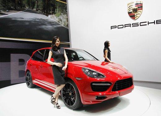 Nuova Porsche Cayenne GTS - Foto 1 di 13