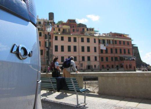 Peugeot iOn consegnata a Vernazza nelle Cinque Terre - Foto 2 di 12