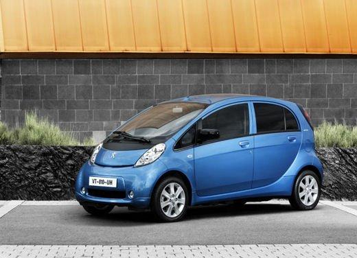 Peugeot iOn consegnata a Vernazza nelle Cinque Terre - Foto 10 di 12
