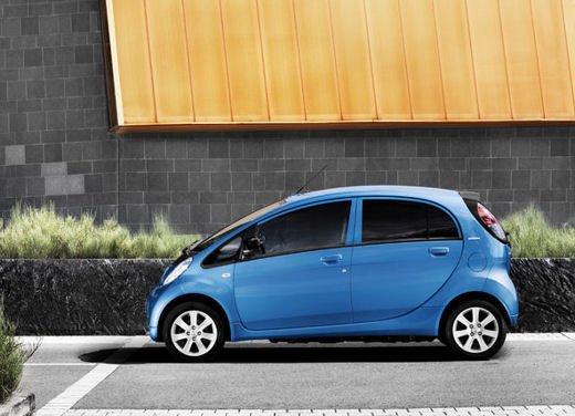Peugeot iOn consegnata a Vernazza nelle Cinque Terre - Foto 12 di 12