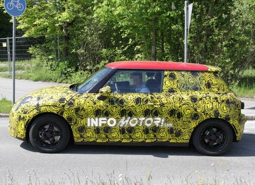 Nuove foto spia della Nuova Mini Cooper 2013 - Foto 19 di 24