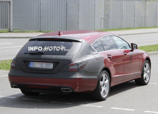Mercedes CLS Station Wagon nuove foto spia