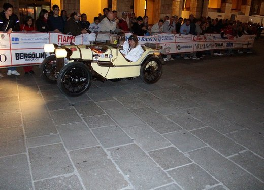 Mille Miglia 2012 - Foto 25 di 32