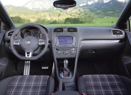 Volkswagen Golf GTI Cabrio - Foto 12 di 25