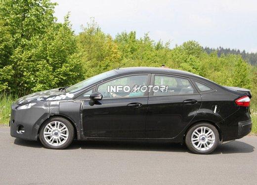 Ford Fiesta 2012, la nuova generazione pronta al debutto - Foto 11 di 24