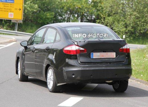 Ford Fiesta 2012, la nuova generazione pronta al debutto - Foto 13 di 24