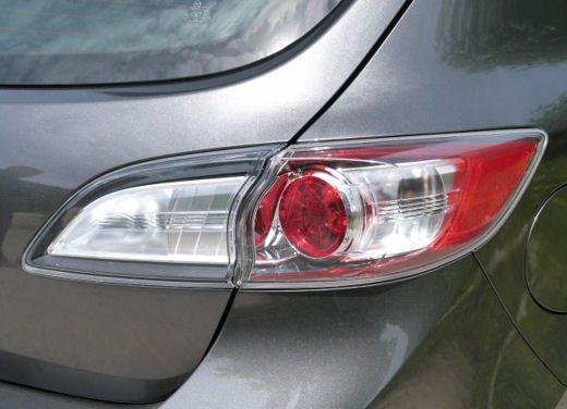Mazda 3 provata su strada in versione 1.6 diesel - Foto 3 di 34