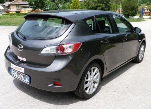 Mazda 3 provata su strada in versione 1.6 diesel - Foto 10 di 34