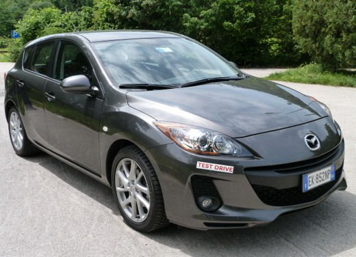 Mazda 3 provata su strada in versione 1.6 diesel - Foto 12 di 34