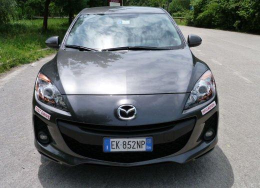 Mazda 3 provata su strada in versione 1.6 diesel - Foto 13 di 34