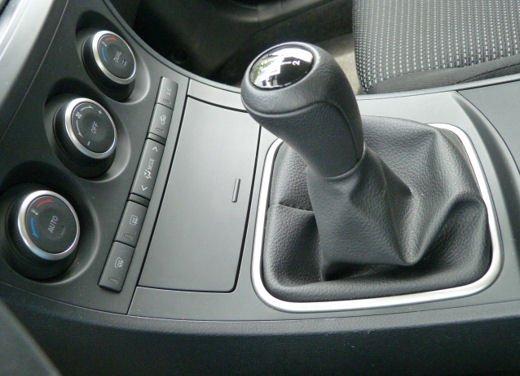Mazda 3 provata su strada in versione 1.6 diesel - Foto 23 di 34