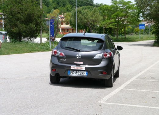 Mazda 3 provata su strada in versione 1.6 diesel - Foto 29 di 34