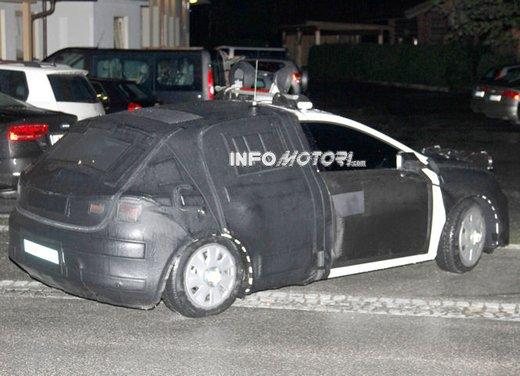 Nuove immagini spia della Seat Leon 5 porte - Foto 6 di 22