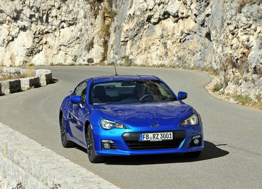 Subaru BRZ: prova su strada della coupé boxer - Foto 9 di 36