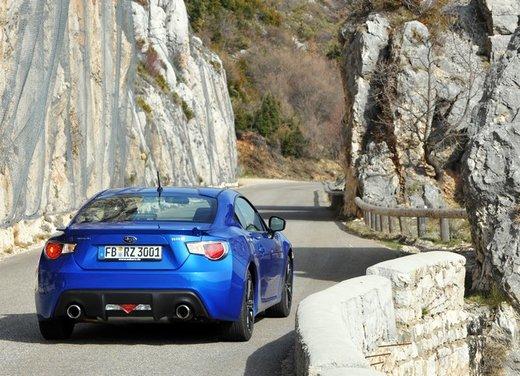 Subaru BRZ: prova su strada della coupé boxer - Foto 11 di 36
