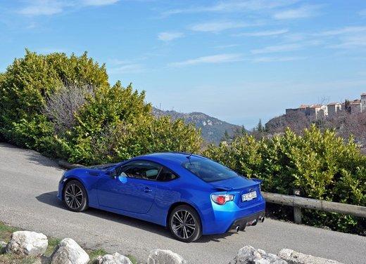 Subaru BRZ: prova su strada della coupé boxer - Foto 13 di 36