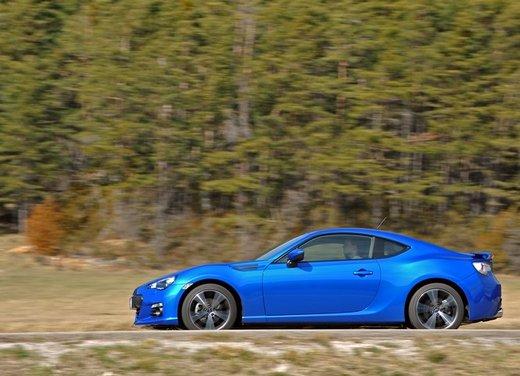 Subaru BRZ: prova su strada della coupé boxer - Foto 14 di 36