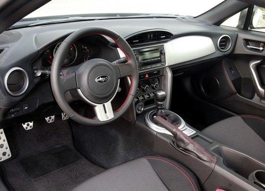 Subaru BRZ: prova su strada della coupé boxer - Foto 19 di 36