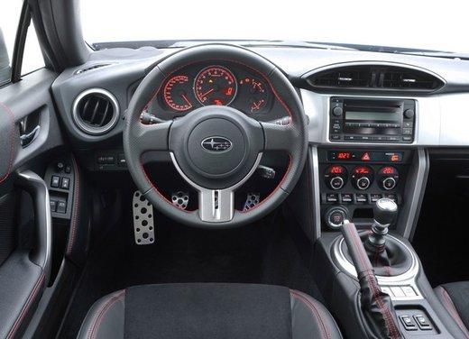 Subaru BRZ: prova su strada della coupé boxer - Foto 24 di 36