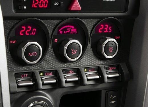 Subaru BRZ: prova su strada della coupé boxer - Foto 29 di 36