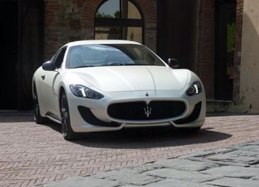 Maserati GranTurismo Sport provata su strada sui colli senesi - Foto 8 di 18