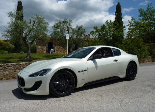 Maserati GranTurismo Sport provata su strada sui colli senesi - Foto 14 di 18