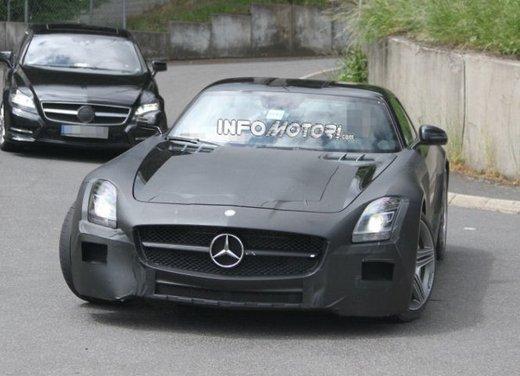 Foto spia di Mercedes SLC AMG, la baby Mercedes SLS - Foto 2 di 10