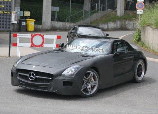 Foto spia di Mercedes SLC AMG, la baby Mercedes SLS