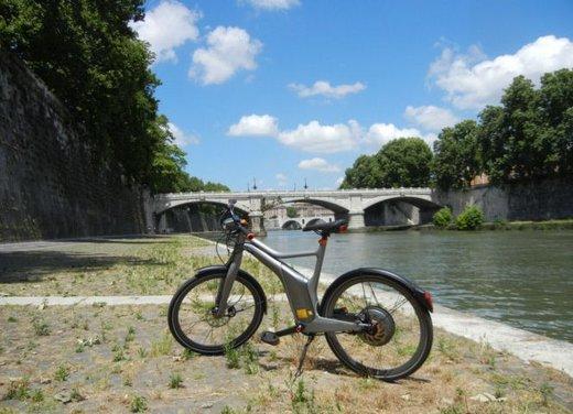 Provata Smart ebike, la nuova bici elettrica di Smart - Foto 8 di 20