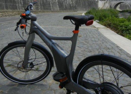Provata Smart ebike, la nuova bici elettrica di Smart - Foto 15 di 20